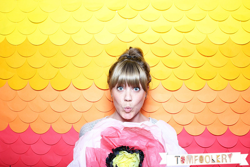 Handmade hilarity inspiration for photo booths and backdrops mark brooke paperchainbackdrop tomfoolery solutioingenieria Choice Image